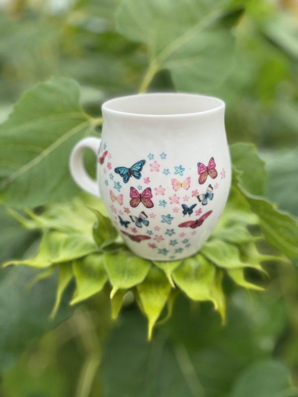 lucinda large mug