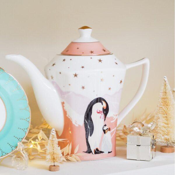 Penguins-teapot-5